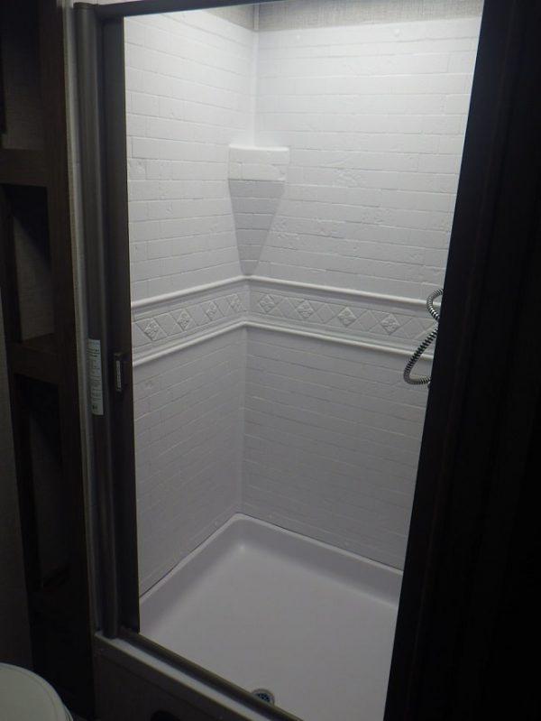 View of the bathroom inside the 2020 Della Terra DET261RB Rear Bath